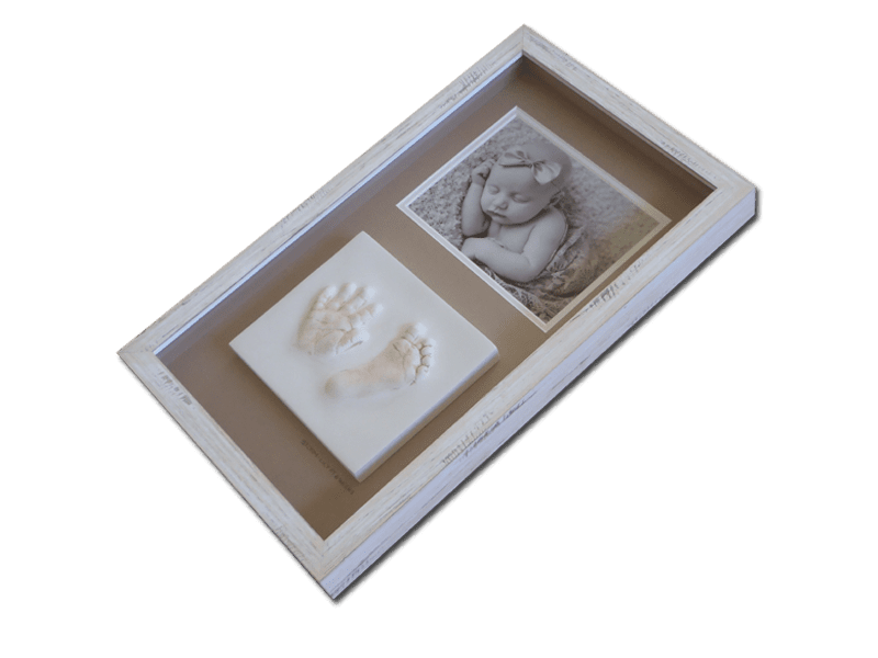 Newborn baby photo with hand and foot impression & Beach frame
